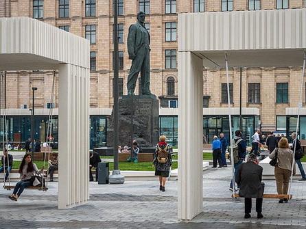 Памятник Маяковскому. Москва, Триумфальная площадь